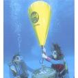 Heben und Bergen Unterwasser
